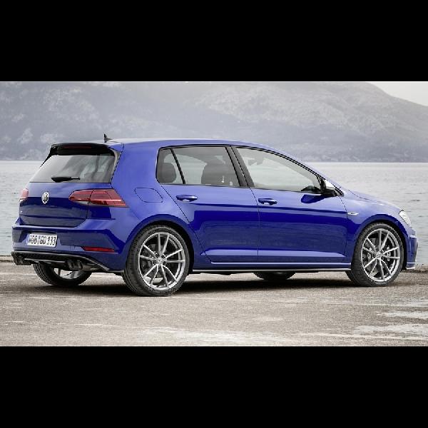 VW Golf R Sekarang Lebih Kencang