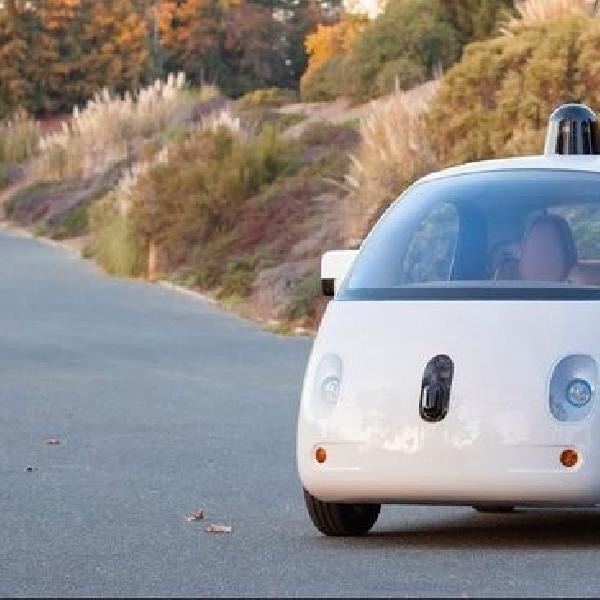 Google Ingin Kembangkan Kendaraan Otonom Yang Bisa Isi Baterai Sendiri