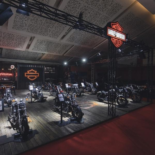 Melirik Dua Moge Harley di IIMS 2019