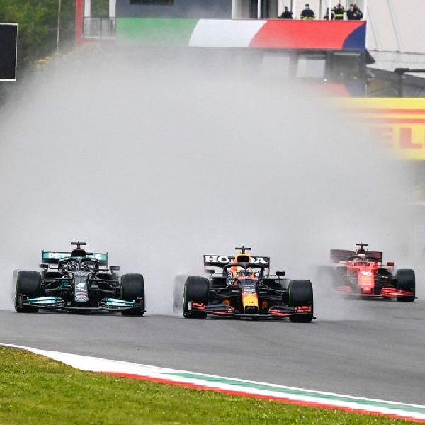 F1: Hasil Grand Prix Emilia Romagna F1 2021: Max Verstappen Jadi Yang Terbaik