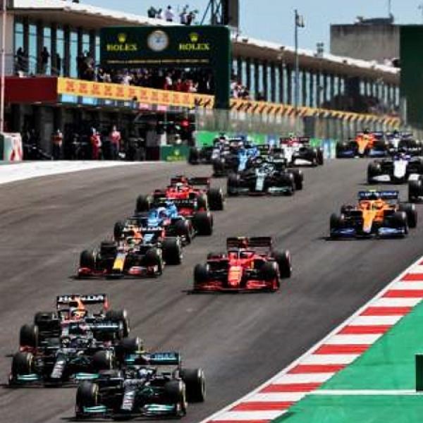 F1: Hasil Grand Prix Portugal F1 2021: Lewis Hamilton Tak Terhentikan