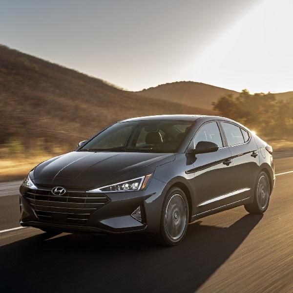 Hyundai Elantra 2019 Facelift Dengan Teknologi Baru