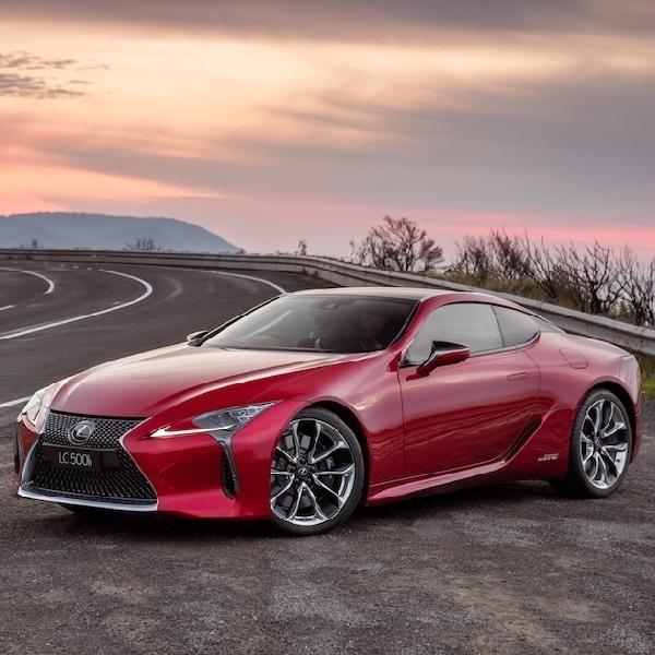 Lexus Limited Edition Akan Lakukan Debutnya di Paris