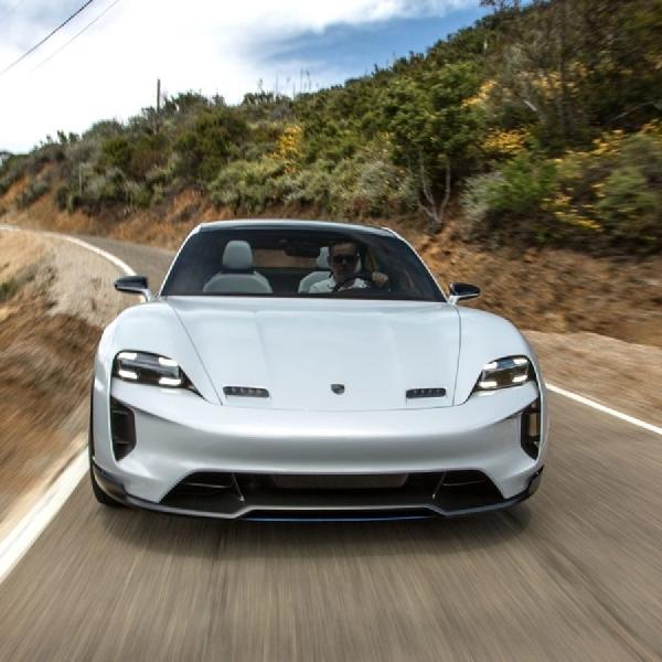 "Porsche: Mission E Bukan Pembunuh Tesla, Tapi Menjadi ""Porsche Asli"""