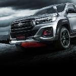 Toyota Hilux Makin Gagah dengan Tambahan Aksesori TRD