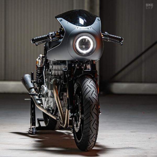 Honda CB750 Cafe Racer Ini Miliki Jarak Tempuh Sangat Rendah