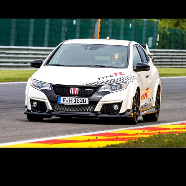 Civic Type R Cetak Rekor di 5 Sirkuit