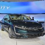 Honda Pamerkan Clarity Terbaru di New York Auto Show