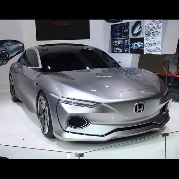 Honda Pamerkan Mobil Konsepnya 'Honda Design C 001'