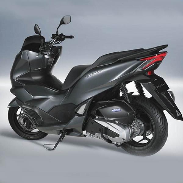 Honda PCX 160 2021 dan PCX e: HEV Jepang Banyak Perubahan