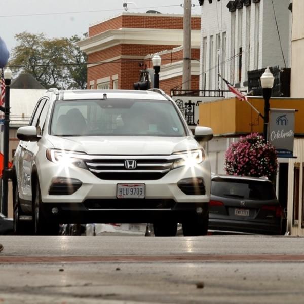 Honda Kenalkan Teknologi Smart Intersection