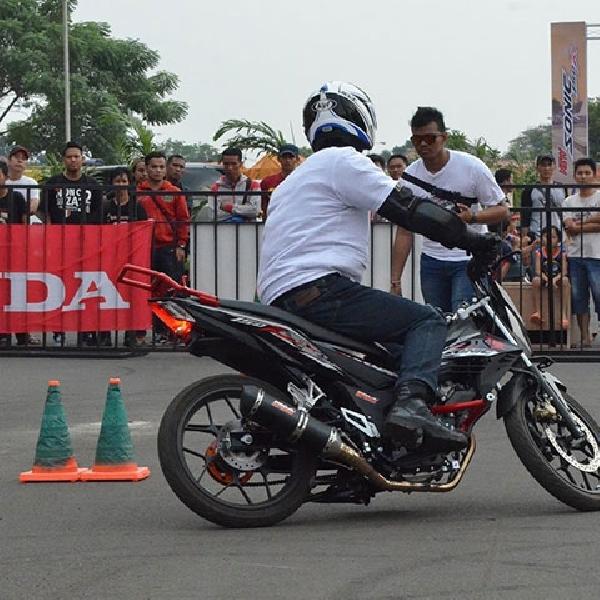 Wahana Ajak Fun Gymkhana Pakai Honda Sonic 150R