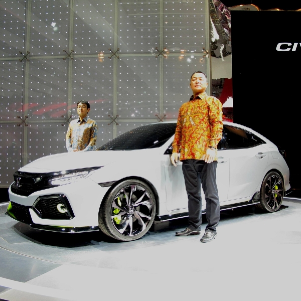 Honda Tampilkan Civic Hatchback Turbo di GIIAS 2016