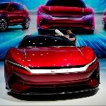Turunnya Pasar Mobil Cina