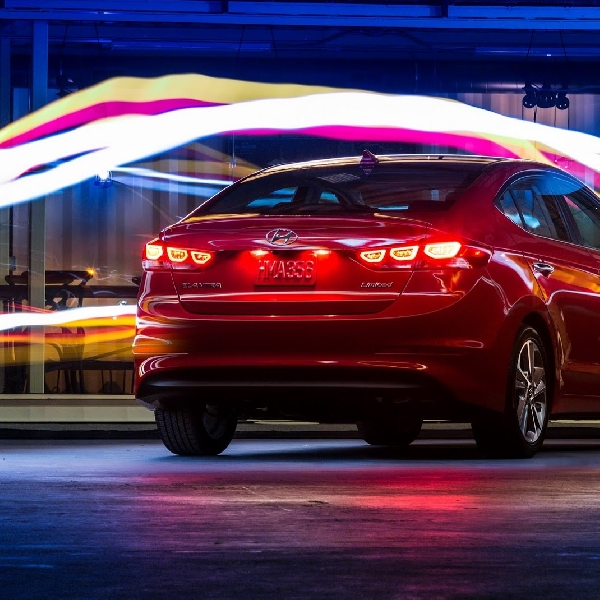 Hyundai Elantra Sport Siap Bersaing dengan Honda Civic Si di SEMA