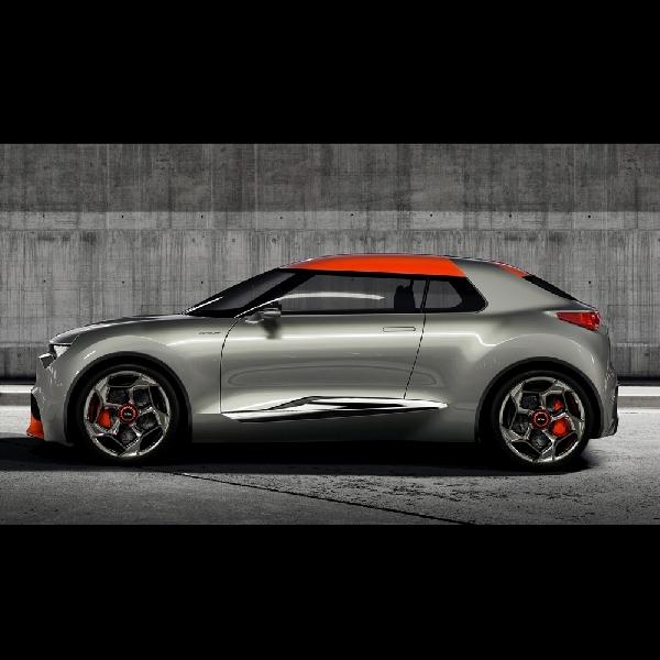 Hyundai Stonic Bakal Dikenalkan Bulan Depan