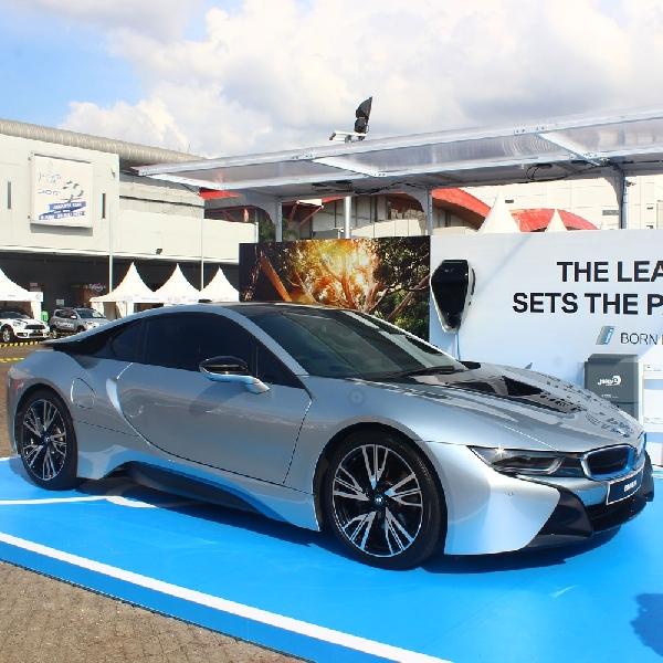 BMW Pamer Inovasi di IIMS