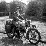 Sosok Winifred Wells  Taklukkan Benua Australia dalam 21 Hari Dengan Bullet 350