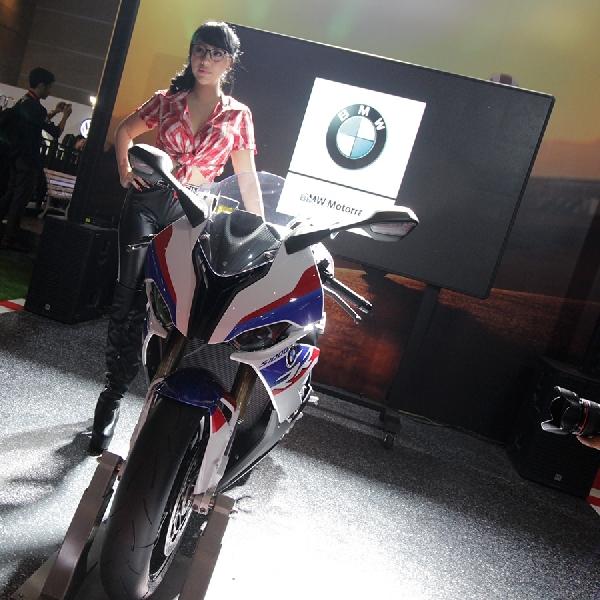 7 Model Terbaru BMW Motorrad Indonesia Melenggang di IIMS 2019