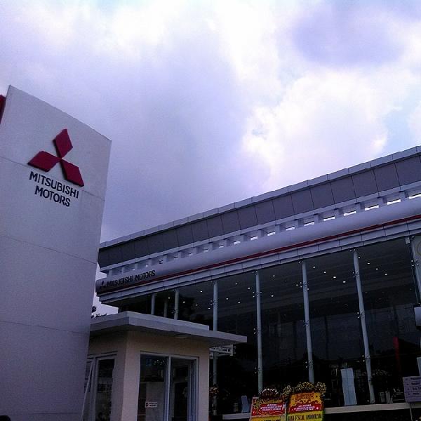Mitsubishi Resmikan Dealer 3S ke-255