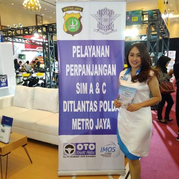 Bisa Perpanjang SIM di Booth OTO Finance IMOS 2018