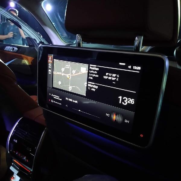 Melirik Kemewahan The President BMW X7