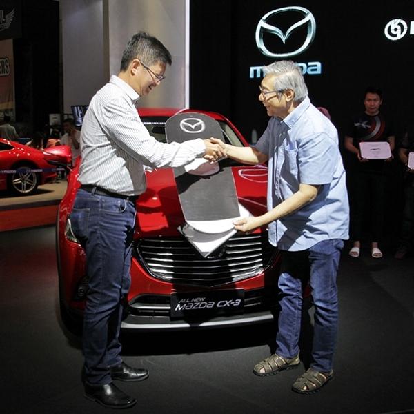 Mazda3 Mulai Diserahkan Kepada Konsumen