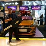 Henda Kusuma Bawa Pulang Hadiah Undian Chevrolet Spark Melalui Program Chevrolet 101 Festival