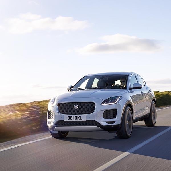 Dengan E-Pace, Jaguar Punya Compact SUV Baru