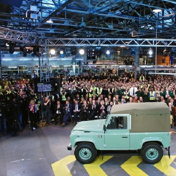Jaguar Land Defender Tidak Lagi Diproduksi