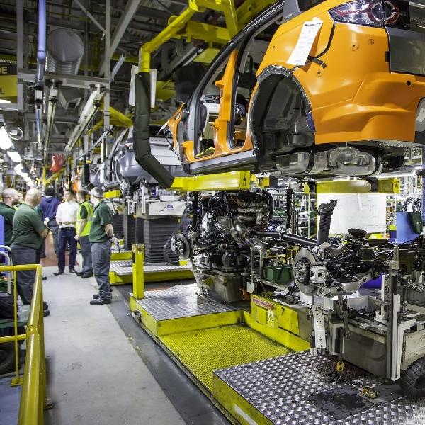 Jaguar Land Rover Resmi Tandatangani Pabrik Baru di Slovakia