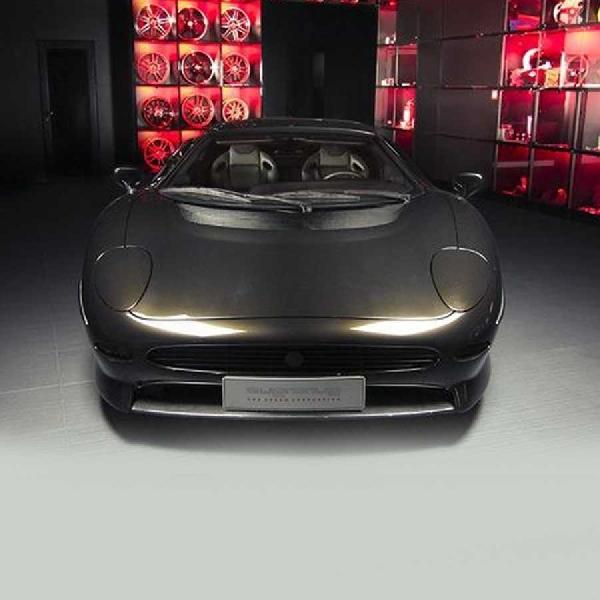 Luar Biasa! Orang Memodifikasi Jaguar Klasik Ini