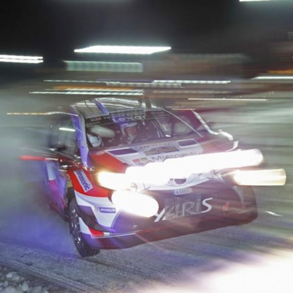 Jari M. Latvala Pimpin SS1 di Rally Swedia