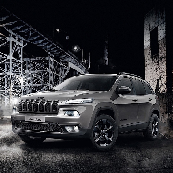 Jeep Cherokee Night Eagle Edisi Khusus Hanya 350 Unit