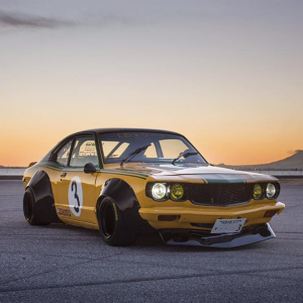 Modifikasi Liberty Walk Mazda RX-3