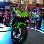 Kawasaki Luncurkan Ninja 650 yang Lebih Ringan