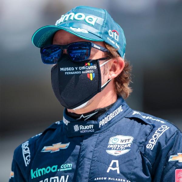 F1: Kecelakaan Saat Latihan, Fernando Alonso Dilarikan ke Rumah Sakit