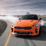 KIA Stinger GTS dengan Warna Mad Orange, Punya Mode Drift Loh
