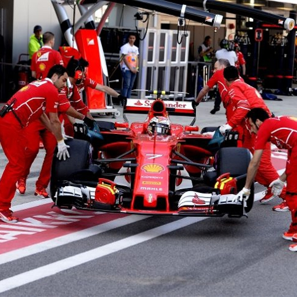 F1: Niki Lauda - Ferrari Berikan Sinyal Mimpi Buruk Bagi Kubu Mercedes