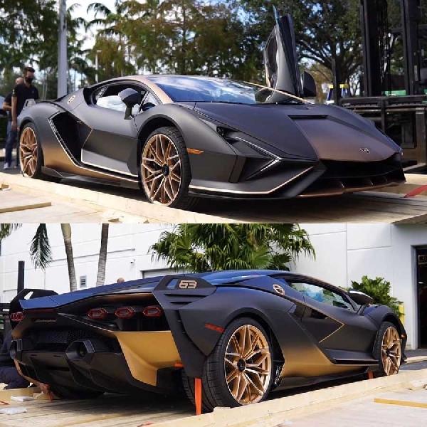 Lamborghini Sian Yang Menakjubkan Ini Baru Saja Turun Dari Truk