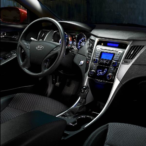 Hyundai Recall Sonata Karena Masalah Airbag