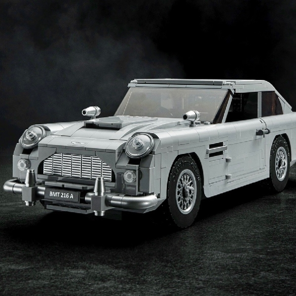 Aston Martin Rilis Lego DB5 James Bond