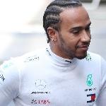 F1: Lewis Hamilton Berharap Red Bull Tidak Melepas Alex Albon