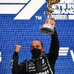 F1: Lewis Hamilton Cetak Kemenangan ke-100 di Formula 1