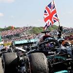 F1: Lewis Hamilton Cetak Kemenangan Kontroversial di Grand Prix F1 Inggris