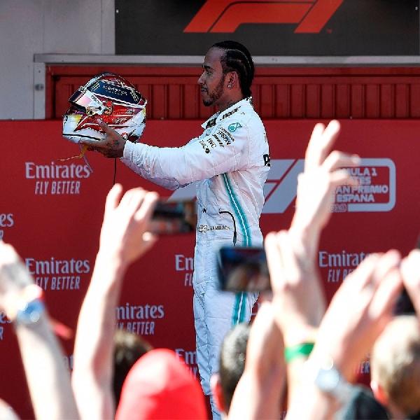 Lewis Hamilton Ingin Bantu Anak-Anak Kurang Mampu ke Dunia Motorsport