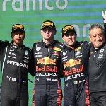 Lewis Hamilton Ragu Mercedes Mampu Kalahkan Red Bull