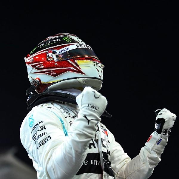 F1: Lewis Hamilton Tanggapi Rumor ke Ferrari