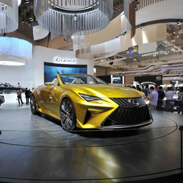Lexus Luncurkan New LS 500 & New NX 300 Pertama di Asia