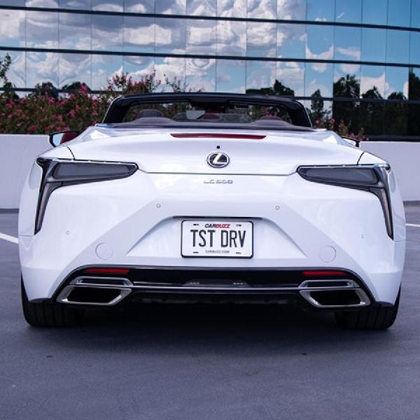 5 Fitur Terbaik Lexus LC 500 Convertible 2021